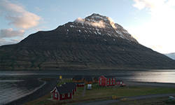 cottages-in-eskifjordur-iceland-where-to-stay-sleep-east-coast