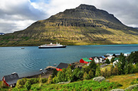 marco-polo-cruise-ship-arrives-in-eskifjordur-fjardabyggd_thumb
