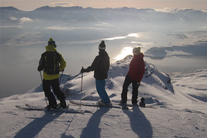 skiing-in-iceland-eskifjordur-oddsskard-snowboarding